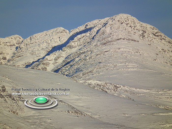 Nevadas en el Cerro Tres Picos