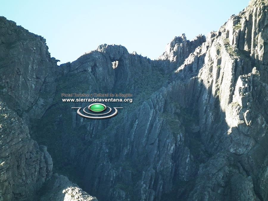 La Ventana o hueco de las Sierra de la Ventana