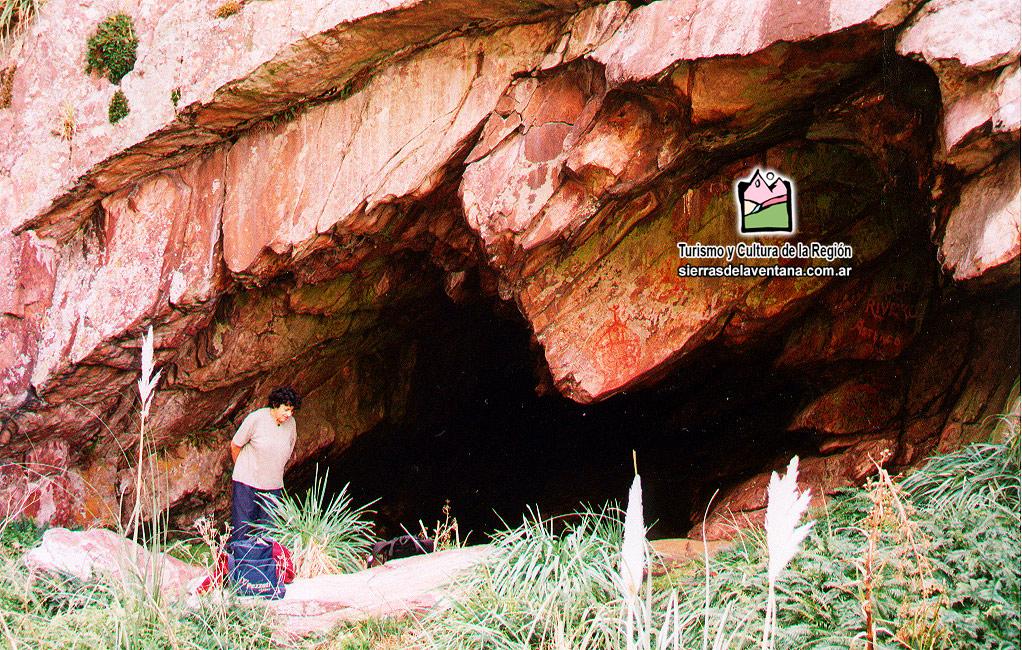 Cueva del Toro en la Reserva Natural del Parque Tornquist
